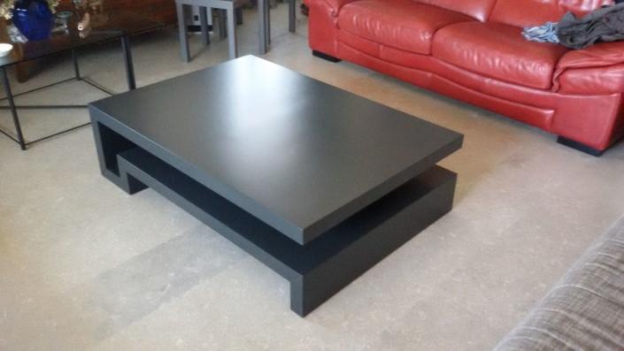tavolino realizzato da falegname